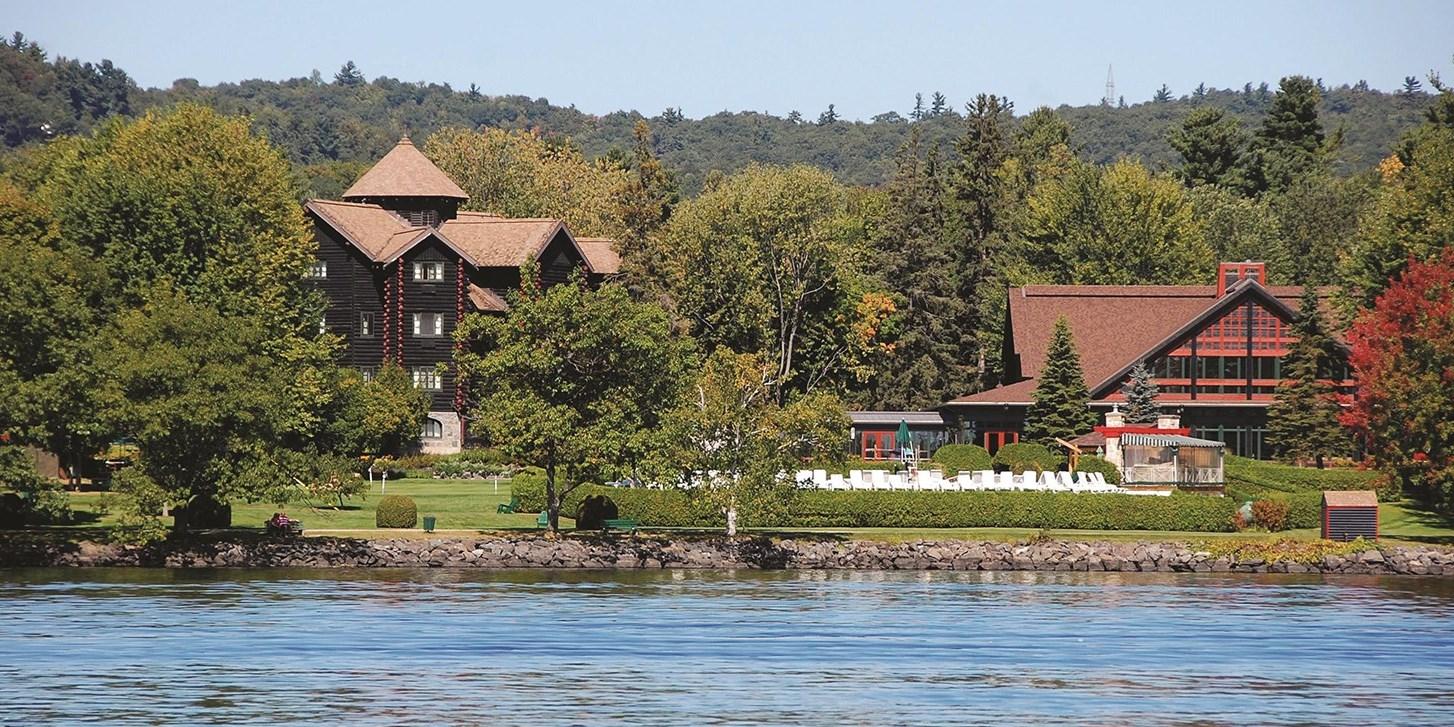 $235 – Fairmont Montebello Stay w/Dining Credit, 55% Off -- Montebello, Canada