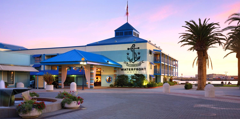 Waterfront Plaza Hotel -- 奥克兰, 加利福尼亚州