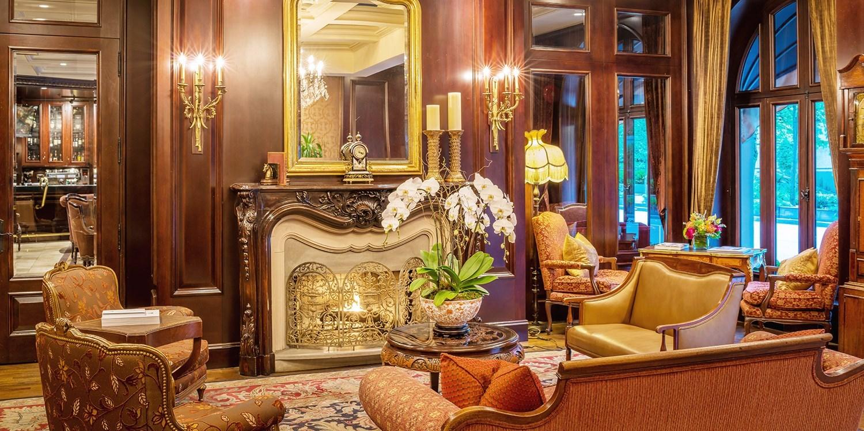 $175 – Dine OutVancouver 4-Diamond Hotel Stay -- Vancouver, Canada