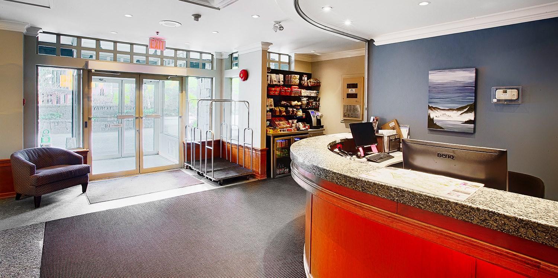 Whistler Pinnacle Hotel Travelzoo