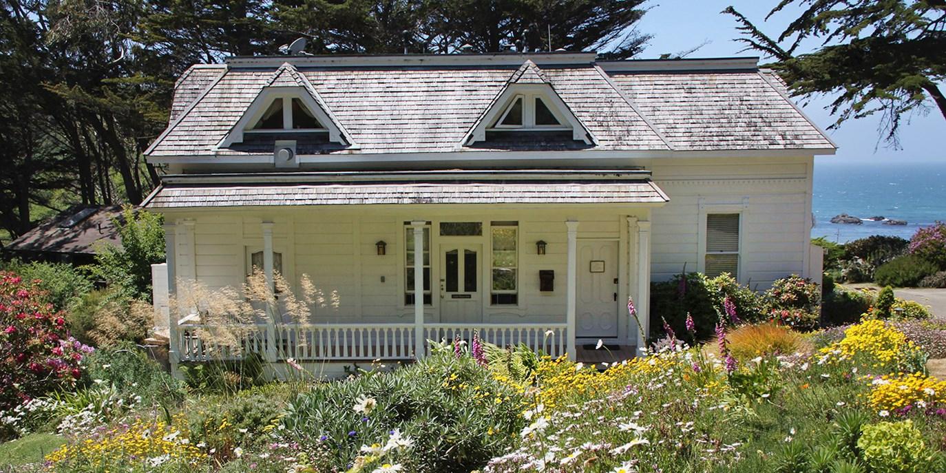 $233 – Mendocino Oceanside Inn w/$70 Spa Credit -- Elk, CA