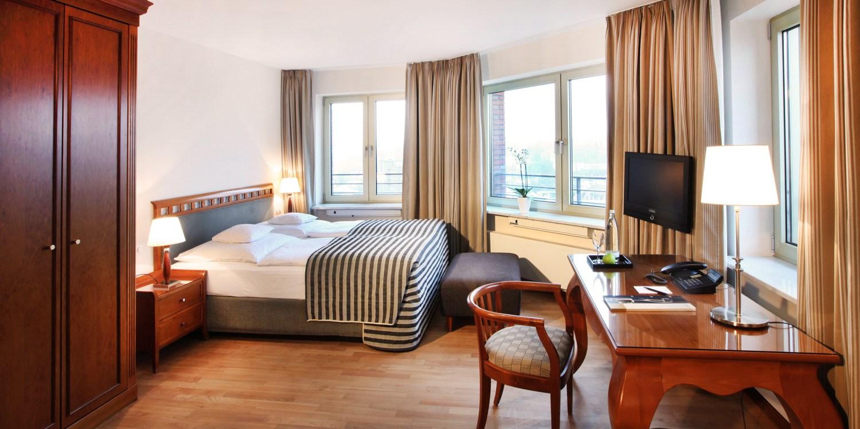 Lindner Hotel & Residence Main Plaza  -- Frankfurt, Germany