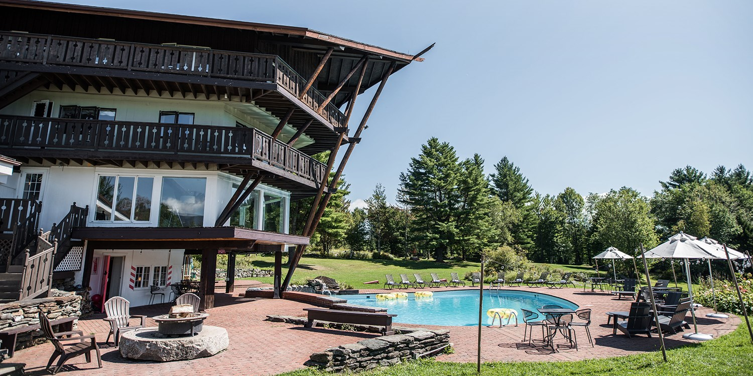 $87-$131 – Vermont Mountain Lodge, 45% Off -- Stowe, VT