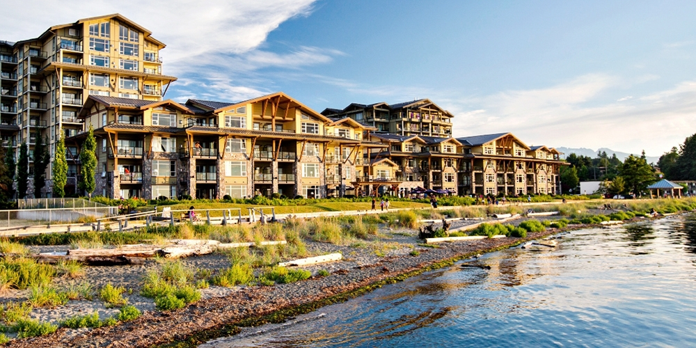 $99 – Vancouver Island: 4-Star Parksville Beachfront Stay, Reg. $168 -- Parksville, Canada