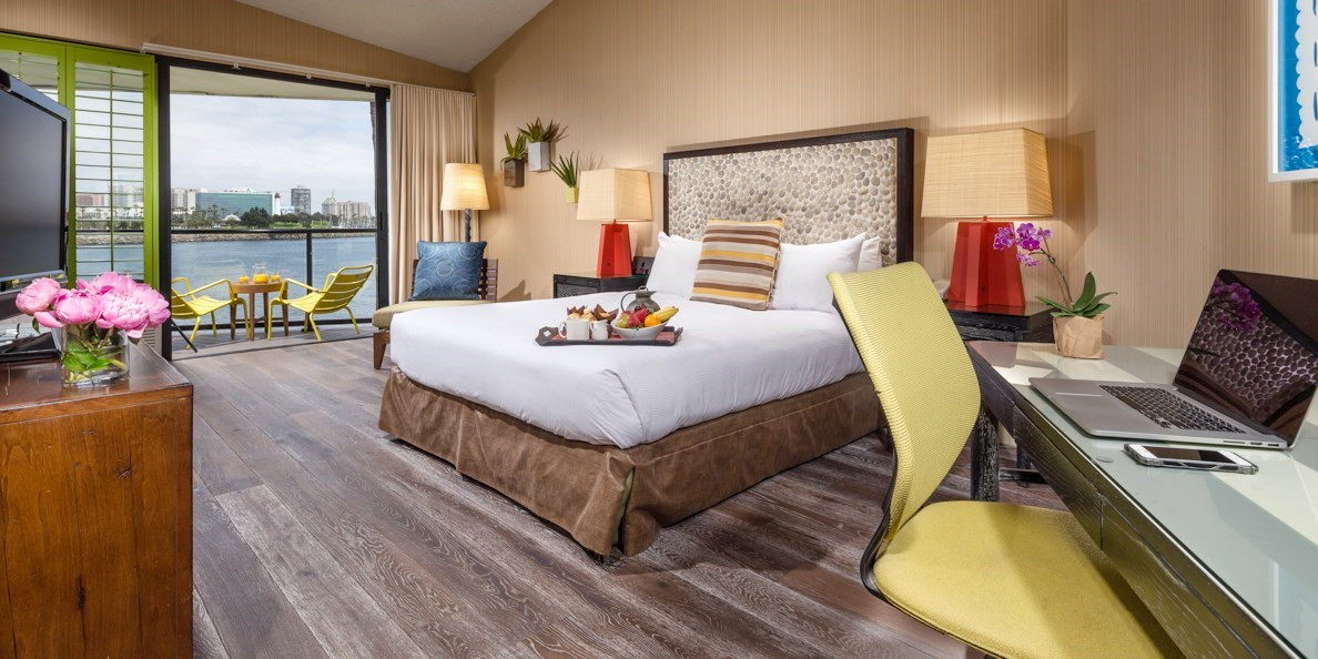$257 – Long Beach Waterfront Hotel w/Parking, 40% Off -- Long Beach, CA