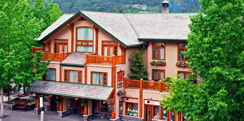 $82 – Banff: 50% Off Fall Stays incl. Breakfast, Reg. $219 -- Banff, Canada