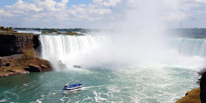 $177-$225 – Summer Stays at Family-Friendly Niagara Hotel, Reg. $315 -- Niagara Falls, Canada