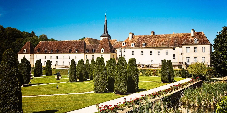 Chateau de Gilly -- Gilly-lès-Cîteaux