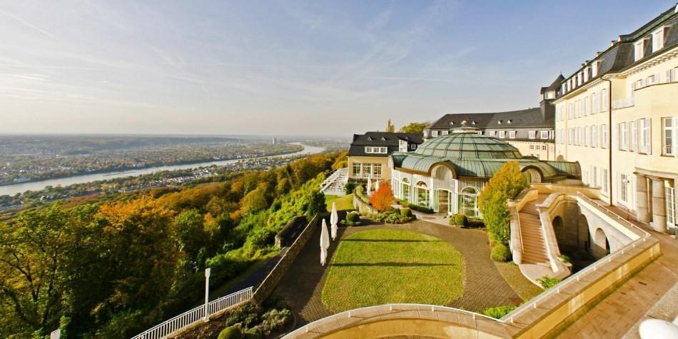 Steigenberger Grandhotel Petersberg -- Königswinter