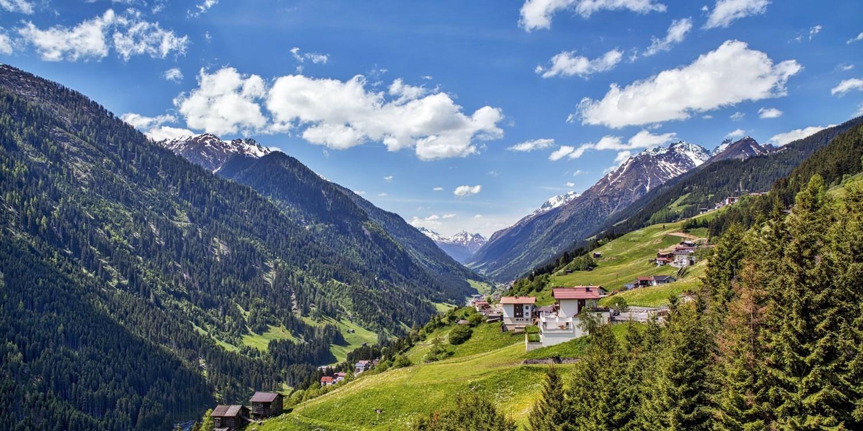 Hotel & Luxury Appartements Dorfstadl -- Kappl, Österreich