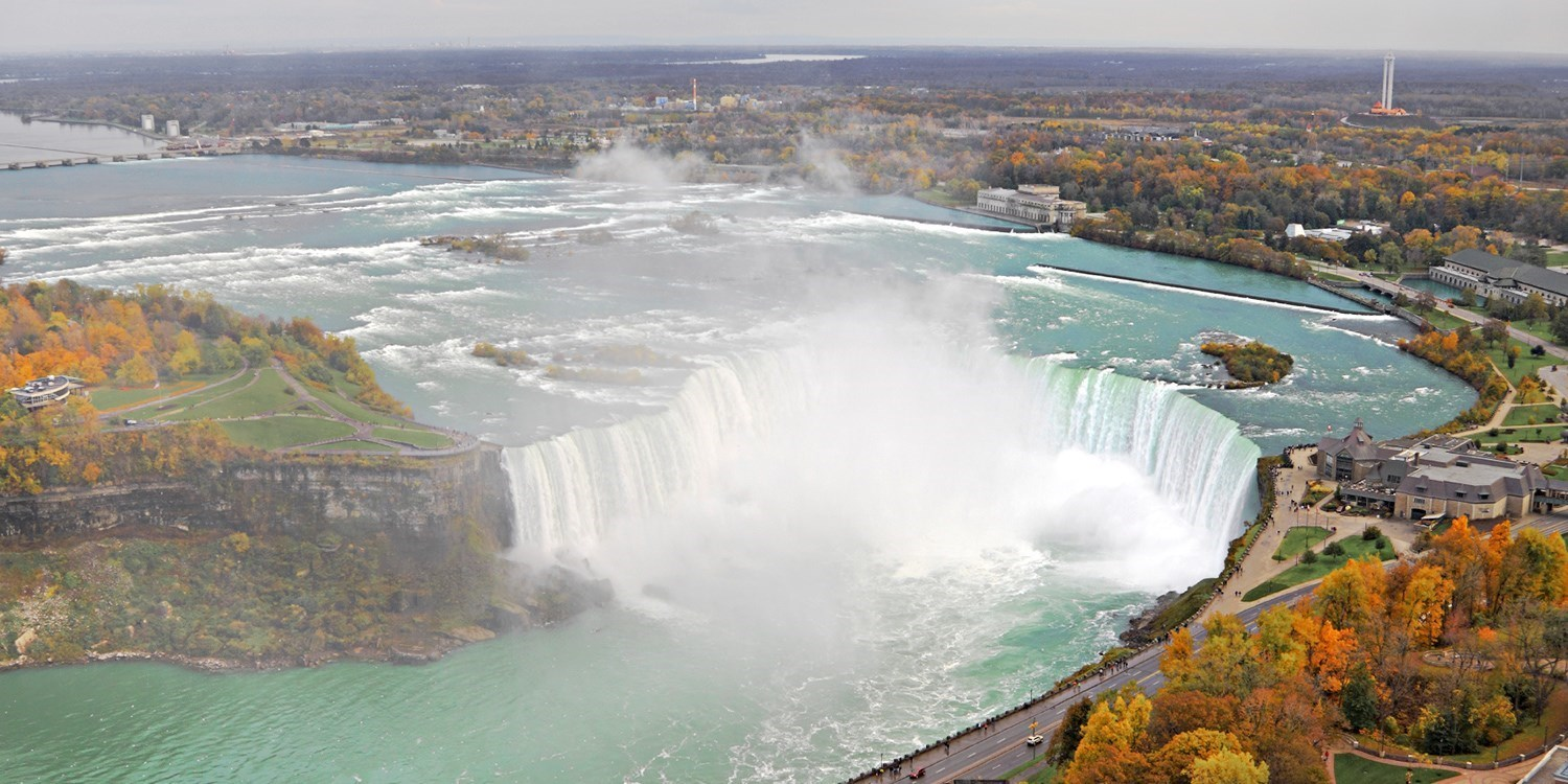 $93 – Early-Bird Sale: Perk-Packed Niagara Hotel this Fall -- Niagara Falls, Canada