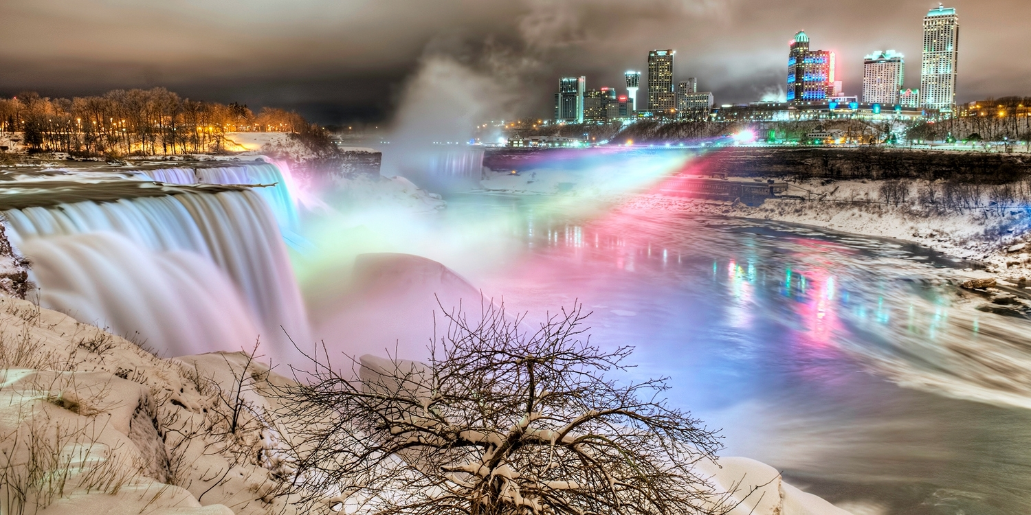 $60 & up – Niagara Falls Stays w/Dining & Slot Credits -- Niagara Falls, Canada