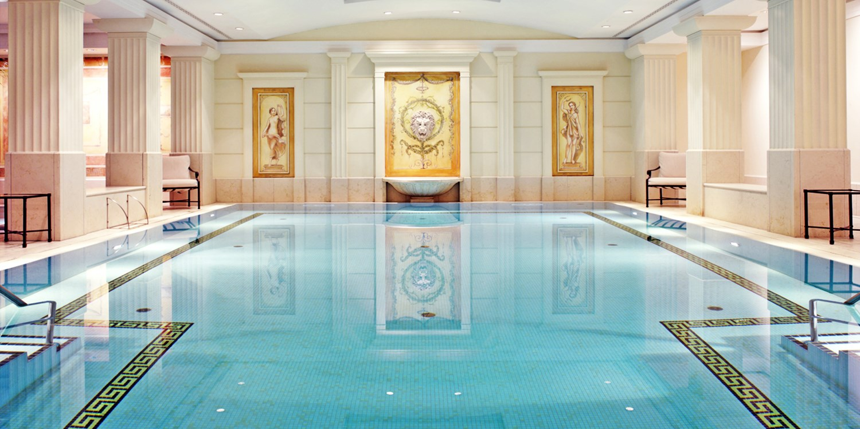 Hotel adlon kempinski travelzoo for Zimmer berlin