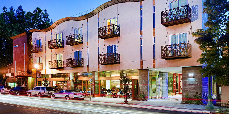 h2 Hotel -- Healdsburg, CA