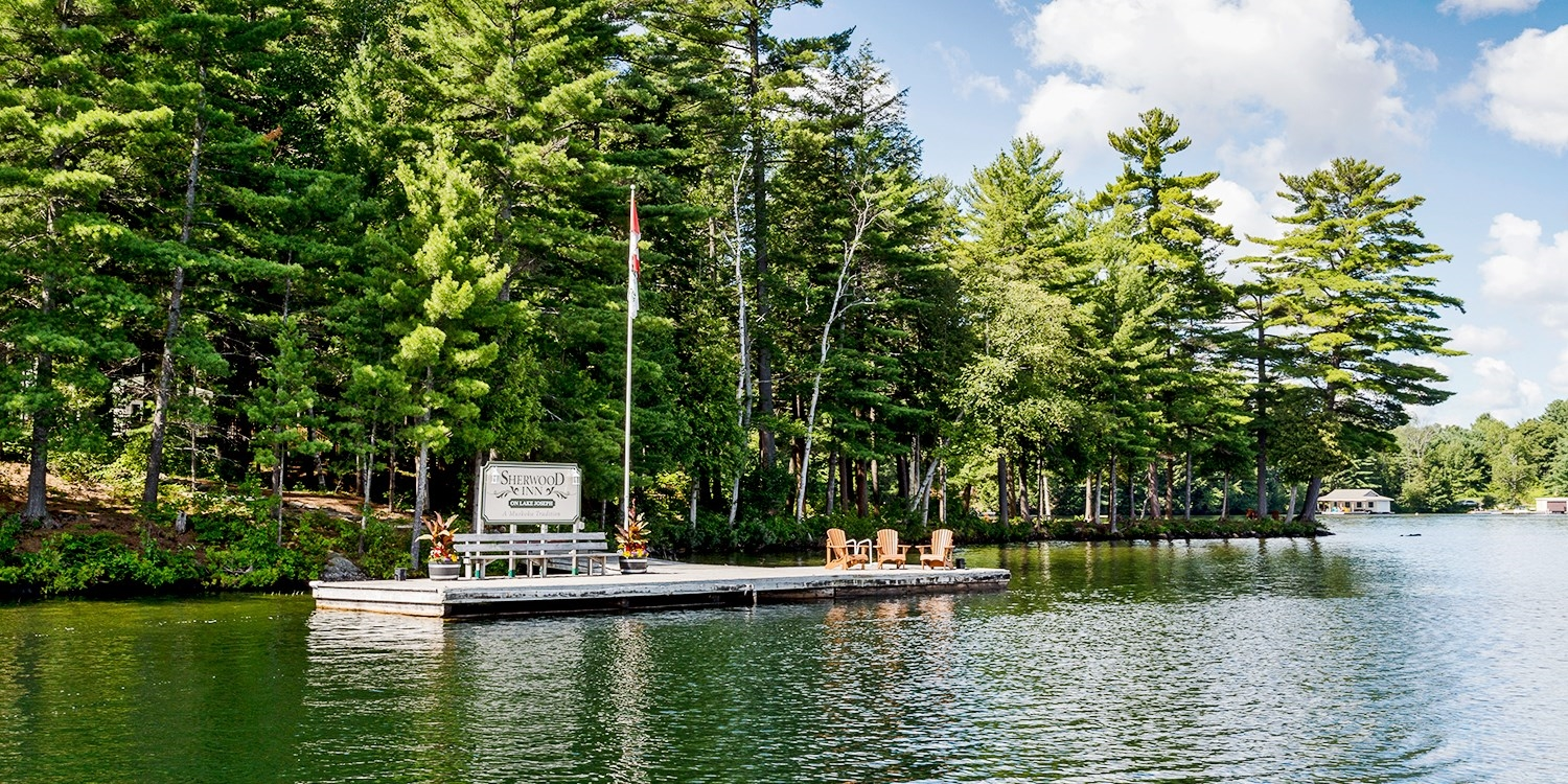 £101 – Muskoka Lakefront Retreat w/Breakfast, Reg. £188 -- Port Sandfield, Canada