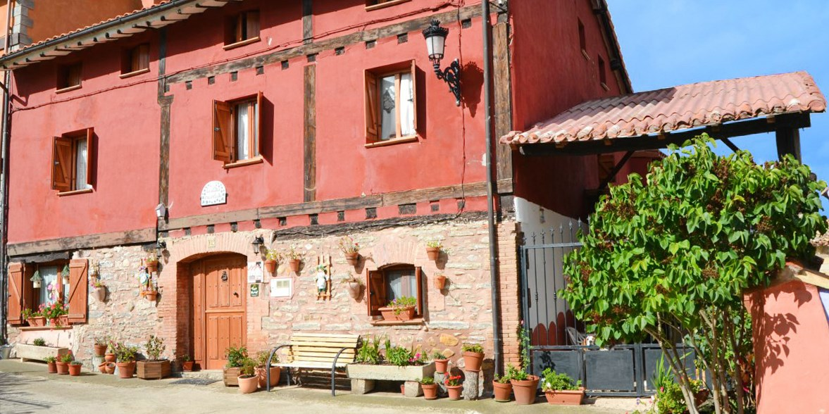 $77 – Spain: Burgos country house stay, 46% off -- Redecilla del Campo, Spain