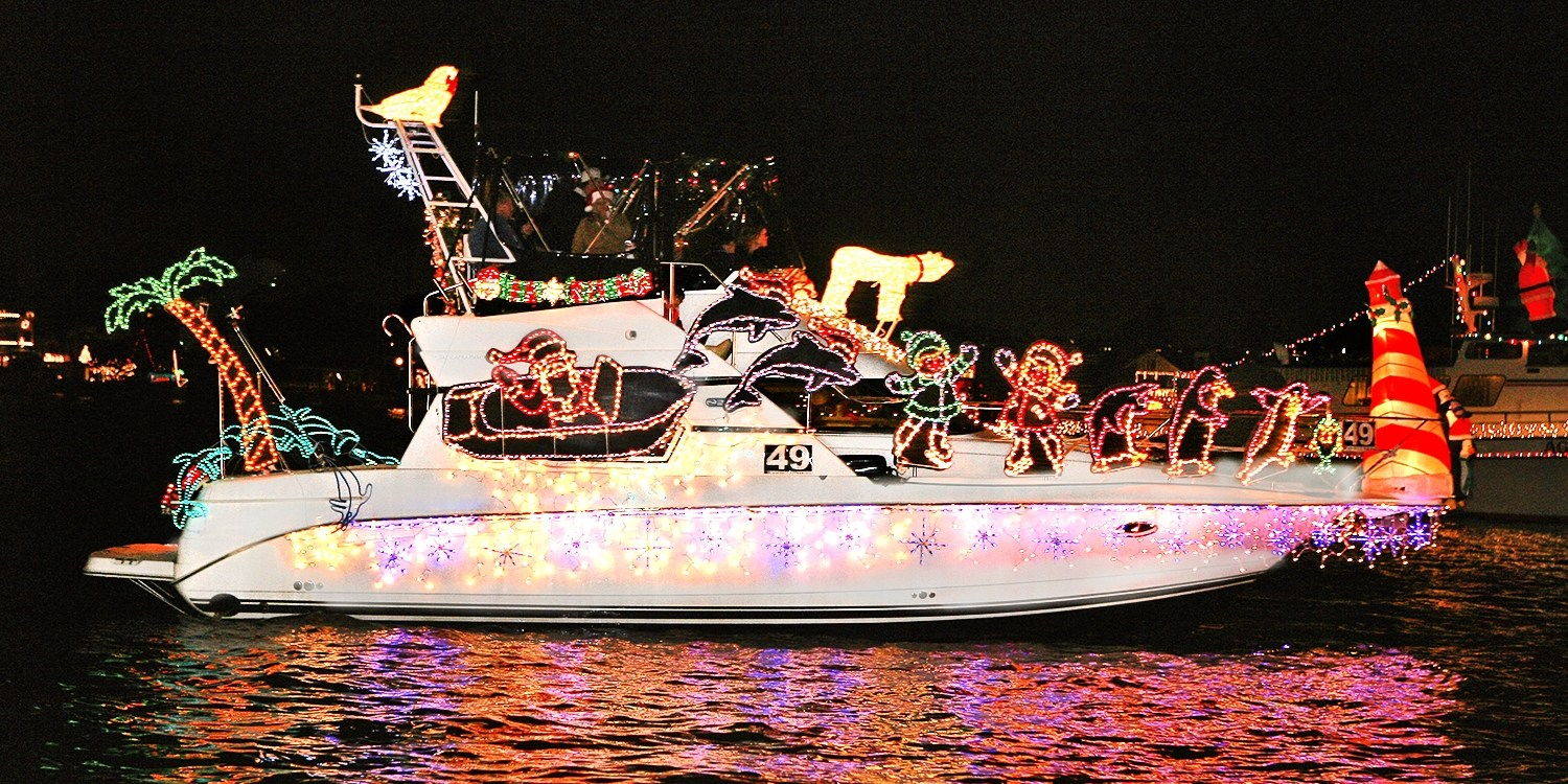 39 Newport Beach Holiday Lights Or Boat Parade Cruise For 2 Travelzoo