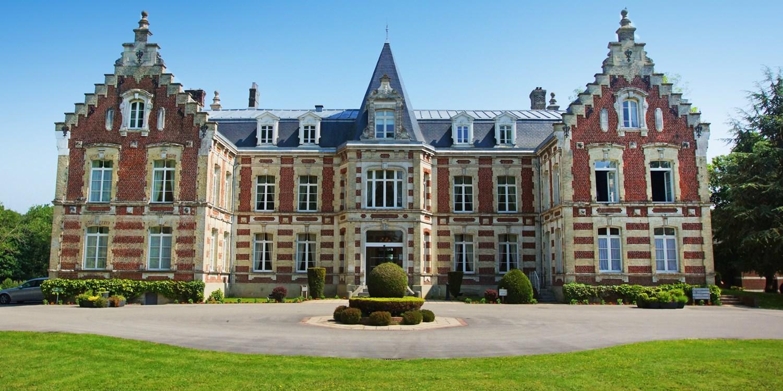 Najeti Hôtel Château Tilques -- Tilques, France