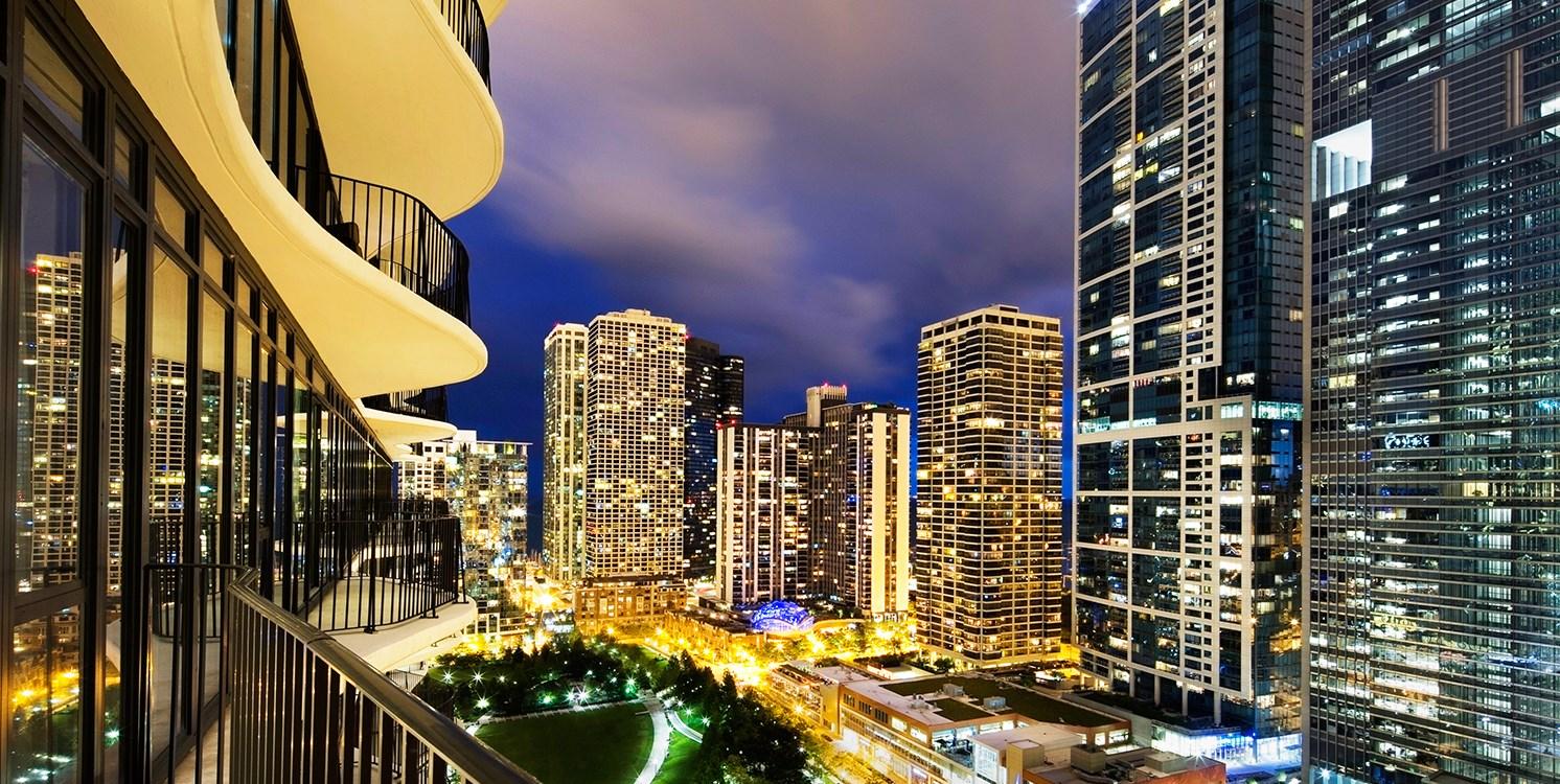 Radisson Blu Aqua Hotel, Chicago -- Chicago, IL