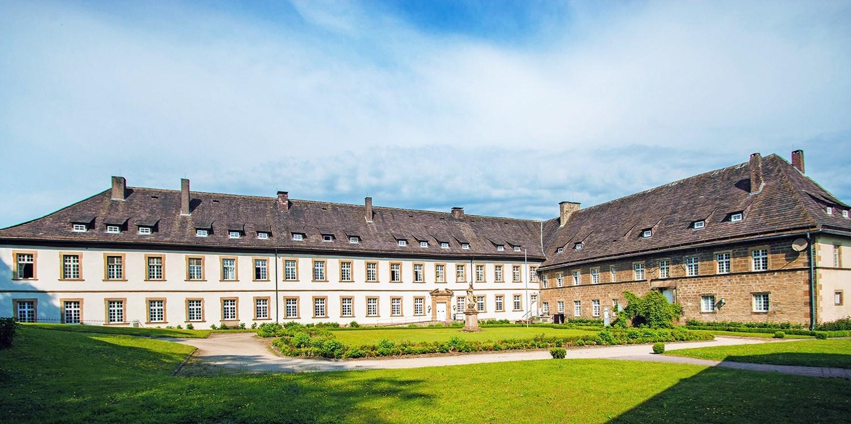 95€ – Schlosshotel in Westfalen mit Dinner & Kuchen, -47% -- Brakel