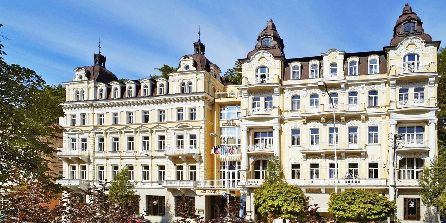 $313 – Czech Republic: 2-nt stay w/massage, meals & bubbly -- Czech Republic
