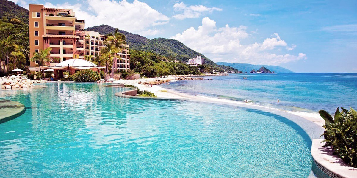 $154-$165 – Puerto Vallarta 5-Star Resort w/Breakfast for 2 -- Puerto Vallarta Airport, Mexico (PVR)