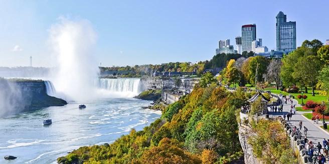 65 niagara falls stays incl 100 in extras niagara falls canada - Wyndham Garden Niagara Falls Fallsview