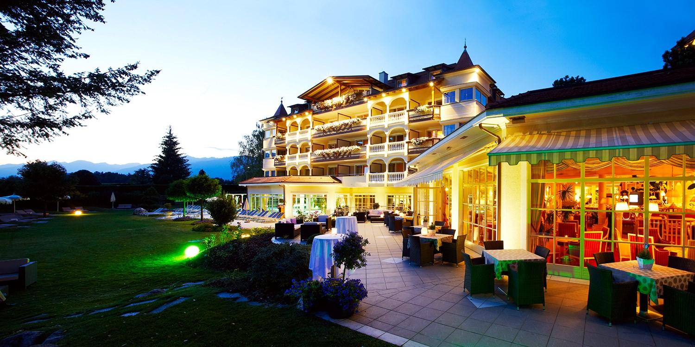 ab 159€ – Suite & hochgelobte Menüs in Südtirol, -48% -- Bruneck, Italien