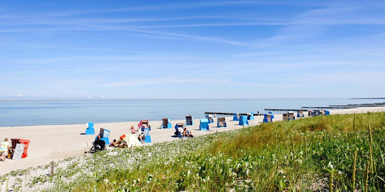 ab 89€ – Ostsee-Brise auf dem Darß mit Dinner, -30% -- Prerow