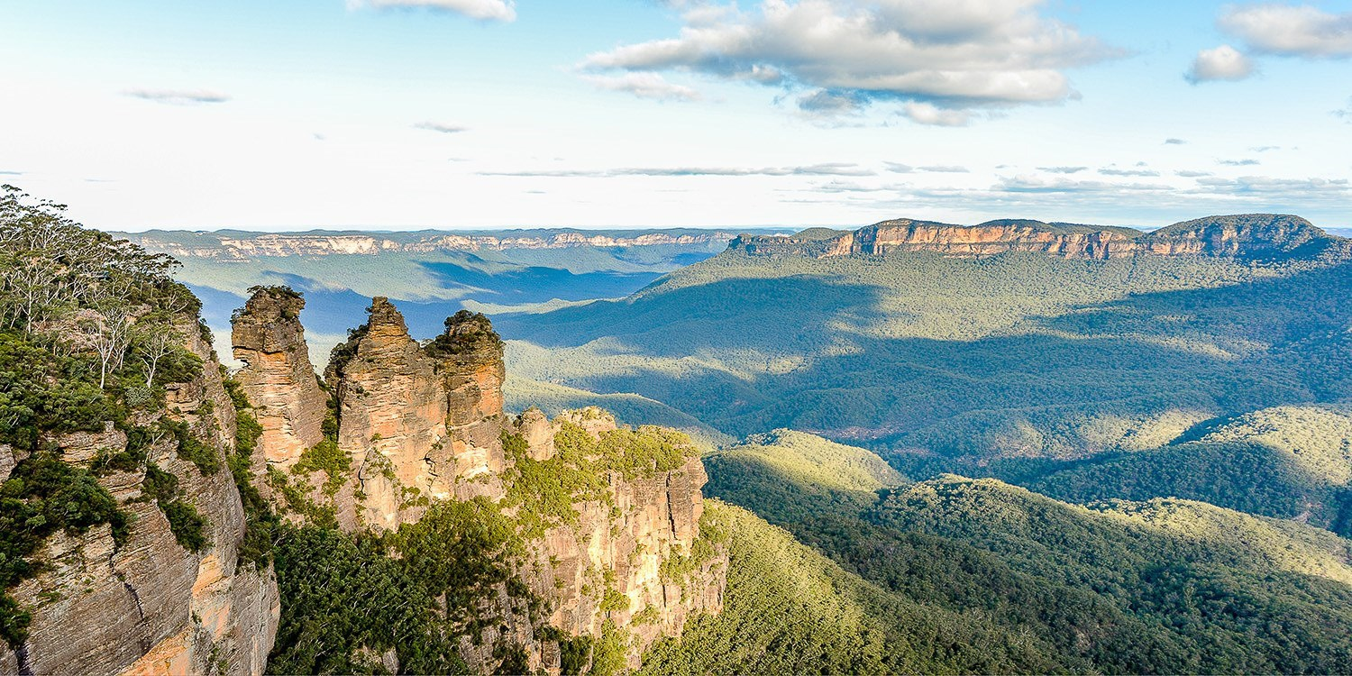 $84pp – Blue Mountains: 2-Night Stay w/Wine & Late Checkout -- Blue Mountains, Australia