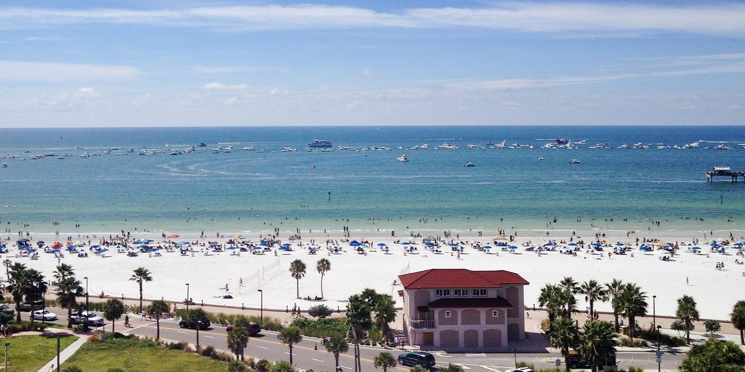 $119 – Clearwater Beach Hotel w/Breakfast, Save 40% -- Clearwater Beach, FL