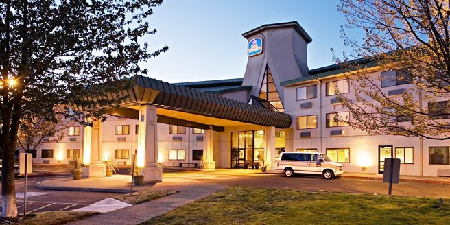 Best Western Inn At The Meadows Portland Or