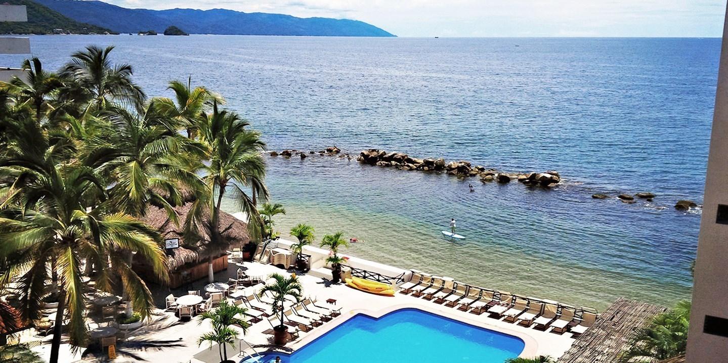 $106 – Puerto Vallarta Beachfront Hotel w/Breakfast -- Puerto Vallarta-Riviera Nayarit, Mexico