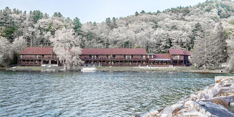 Black Swan Inn -- Lee, MA
