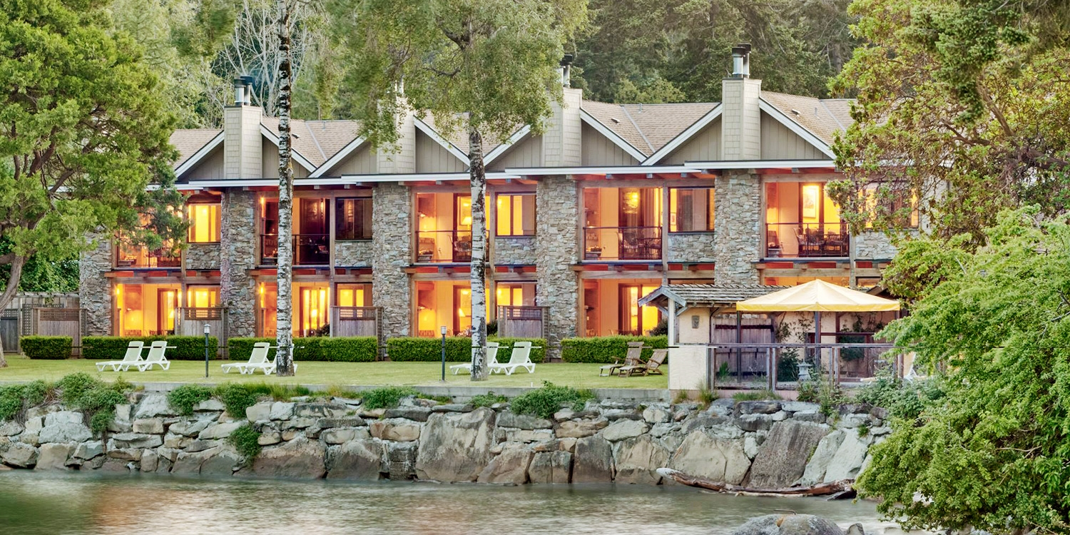 $404 & up – Award-Winning Galiano Island Stay w/Golf, Sailing or Kayaking -- Galiano Island, Canada