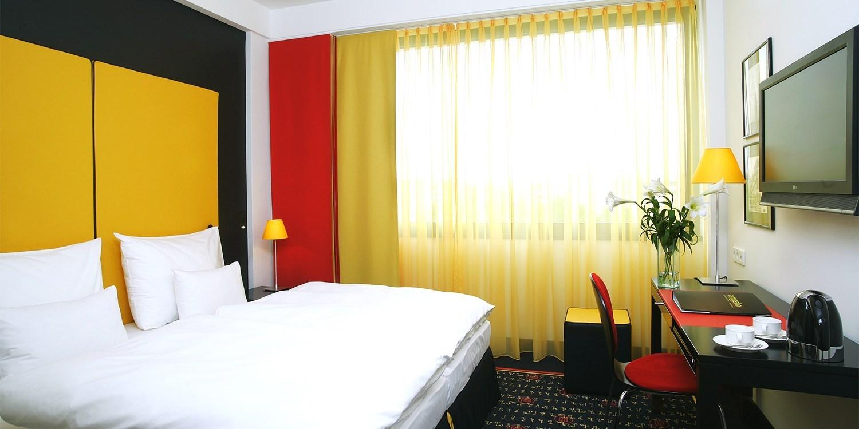 Holiday Inn Munich - Leuchtenbergring -- Munich