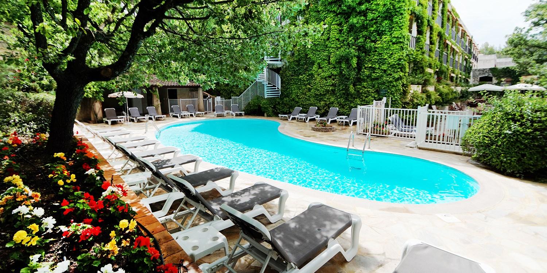 Hotel Villa Borghese -- Greoux-les-Bains, France
