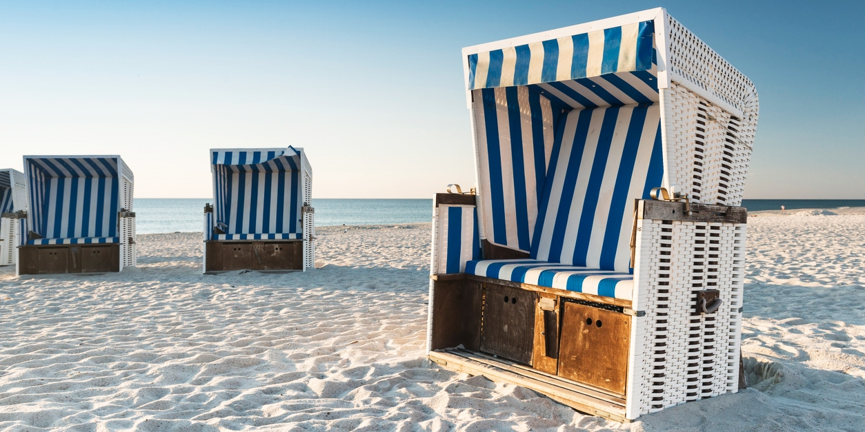 $176 & up – Baltic Sea: beach hotel stay w/sea view, 39% off -- Travemuende, Germany