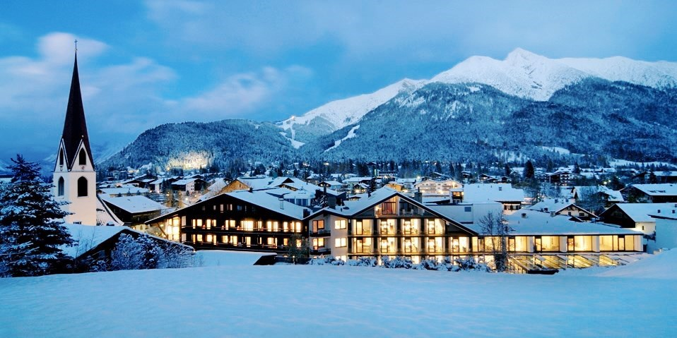 Alpenhotel ... fall in Love -- Alpen