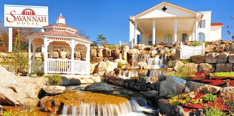 Savannah House Hotel -- Branson, MO