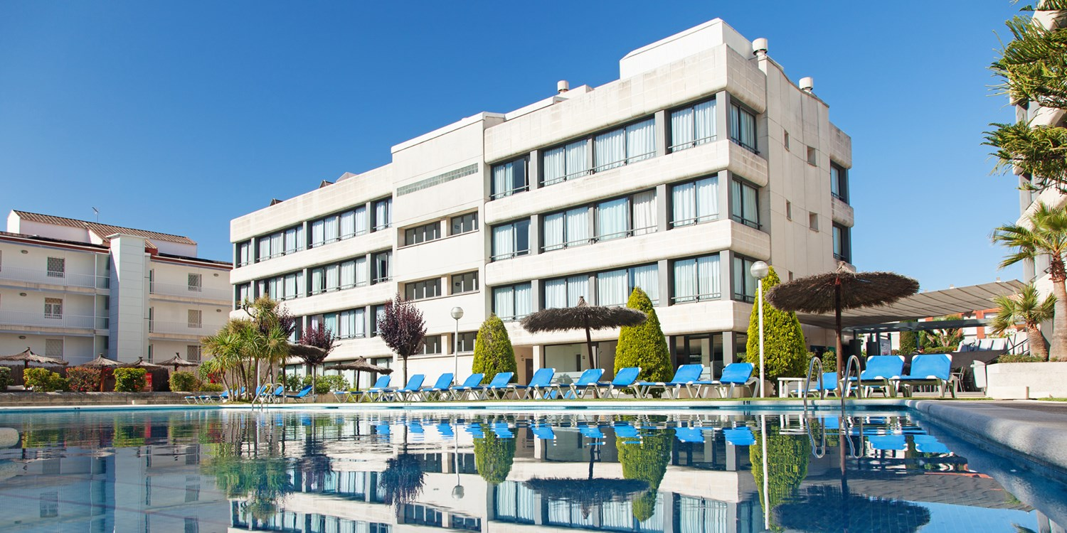 Atenea Park-Suites Apartments -- Vilanova I La Geltru, Spain