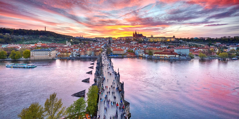 ab 85€ – Prag: Goldene Stadt mit Upgrade, -45% -- Prag, Tschechien