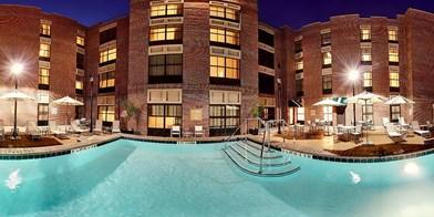 Holiday Inn Savannah Historic District Travelzoo