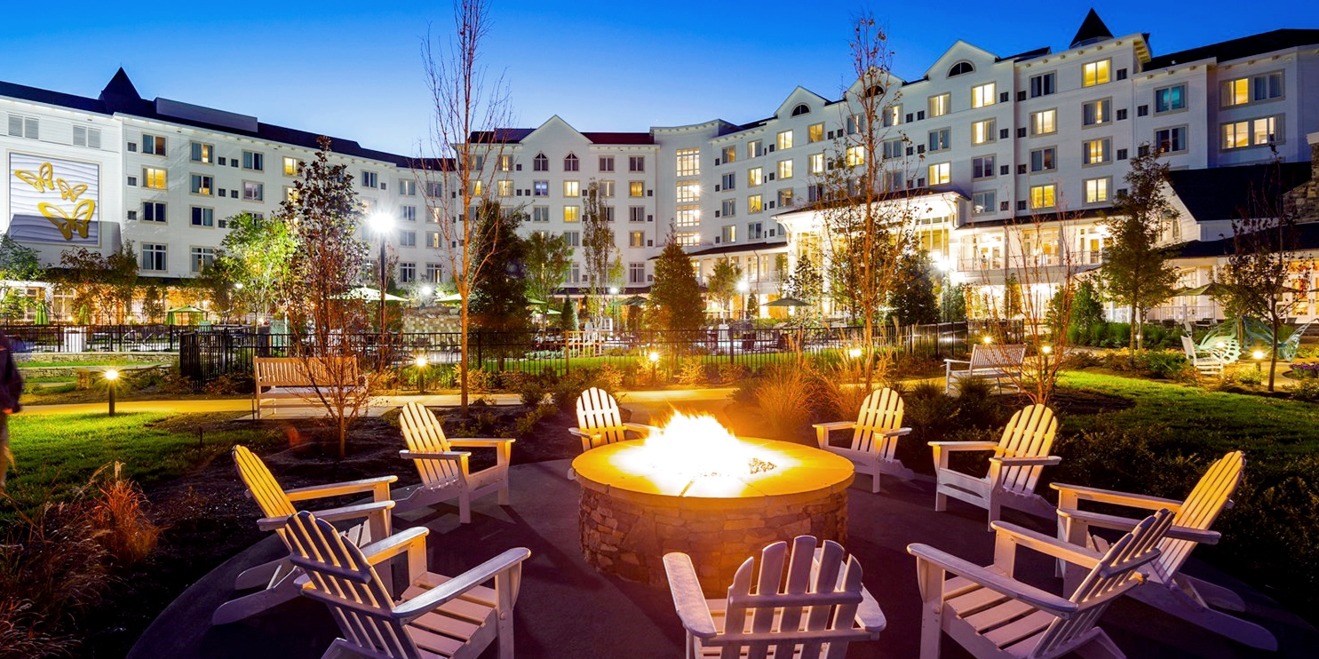 $165 – Visit Dollywood's DreamMore Resort & Spa: 4-Star Stay at 40% Off -- Pigeon Forge, TN
