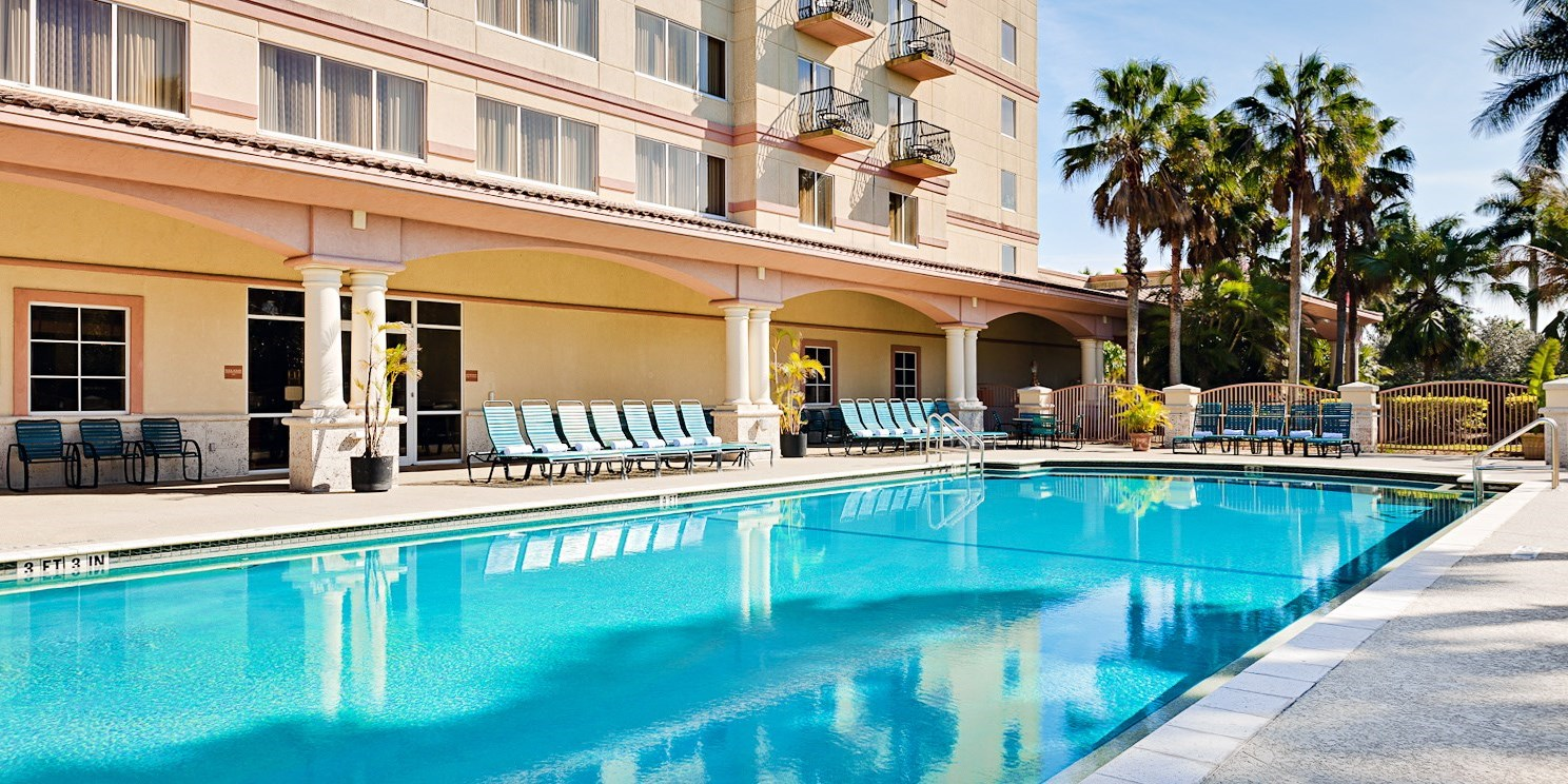 Member Exclusive – Coral Springs Hotel w/Golf Course -- Coral Springs, FL