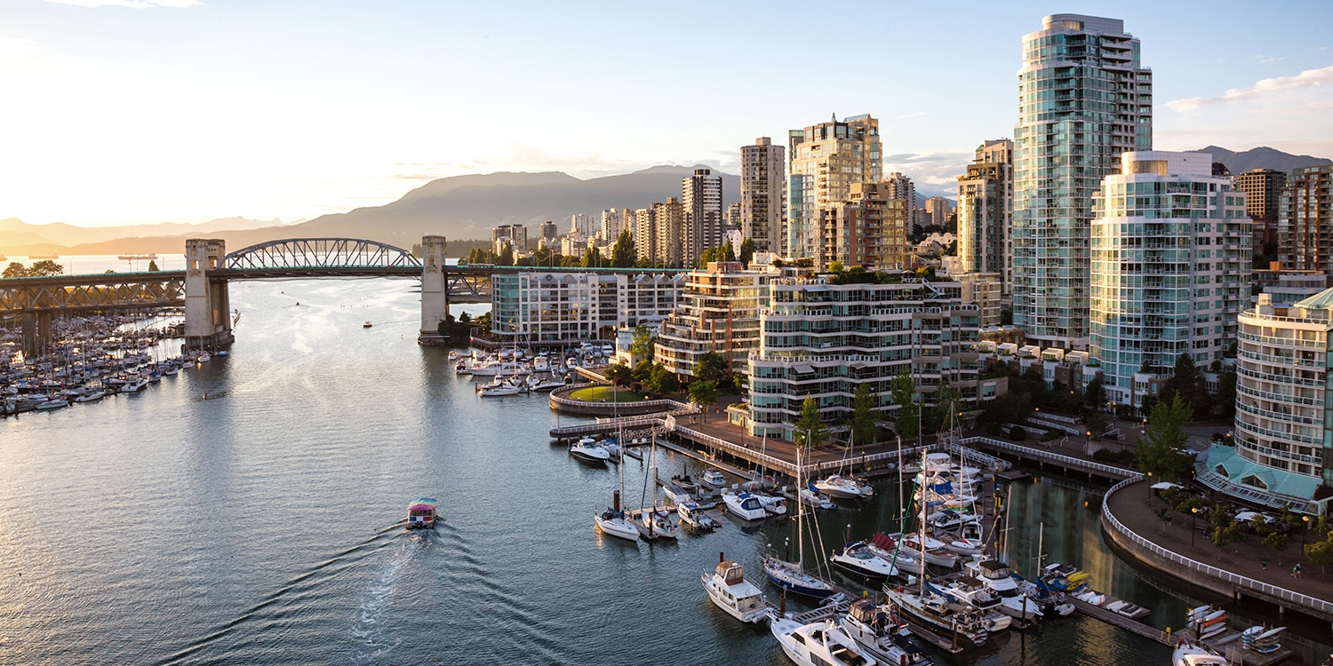 30% Off – Vancouver 4-Star Stay incl. Summer Dates -- Downtown, Vancouver
