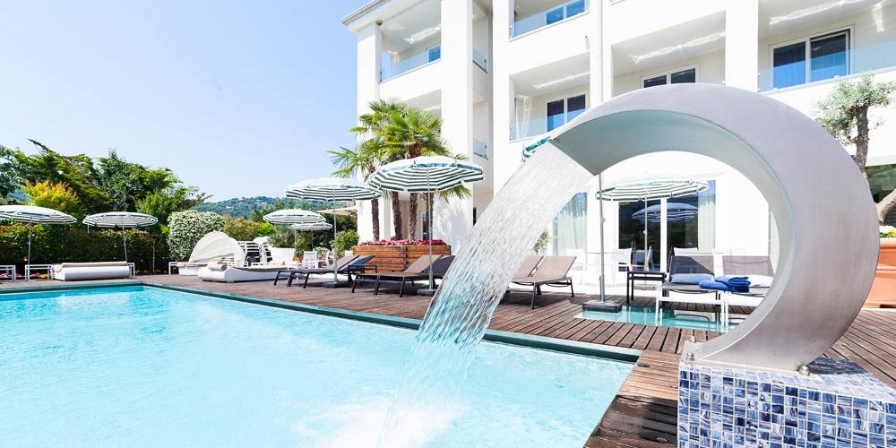Tobago Hotel -- Garda, Italien