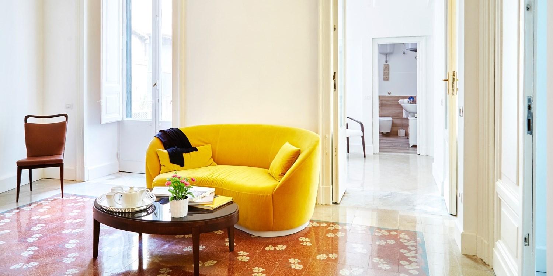 Maison Toledo 210 -- Naples, Italy