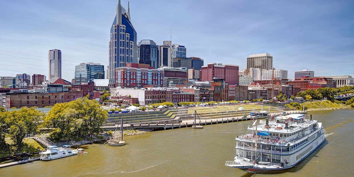 $153 & up – Hip Nashville Hotel w/Cocktails & Breakfast -- Nashville, TN