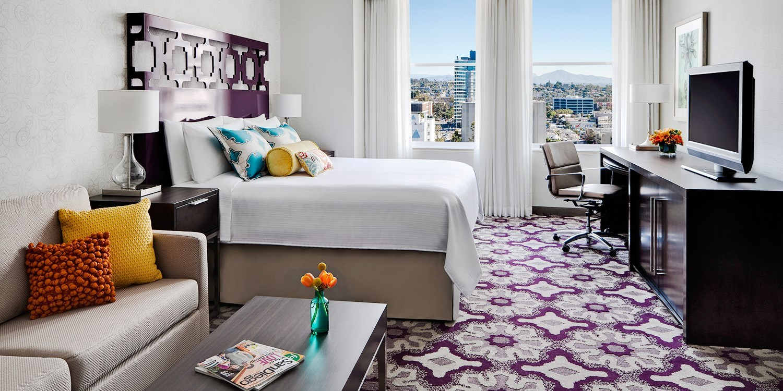 $175 – San Diego Gaslamp Hotel w/Parking incl. Weekends -- San Diego, CA